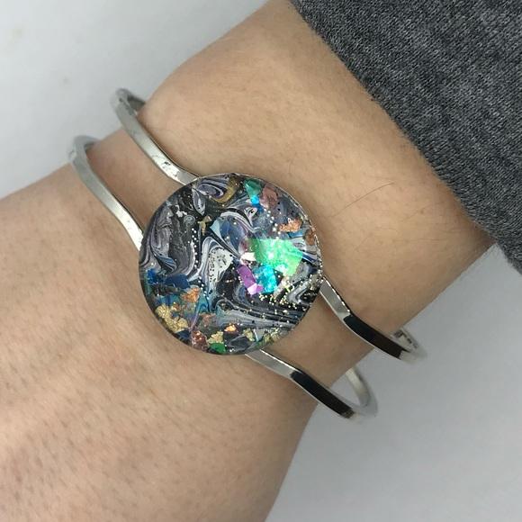 Jewelry - Acrylic paint cabochon bracelet